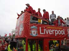 liverpool-victory-parade-2006