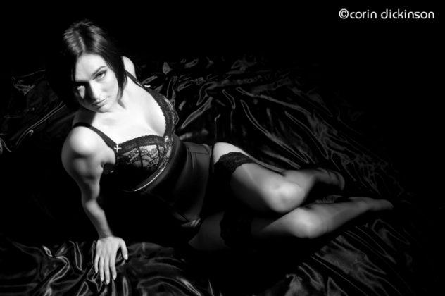 hollywood style_film noir_boudoir_femme fatale