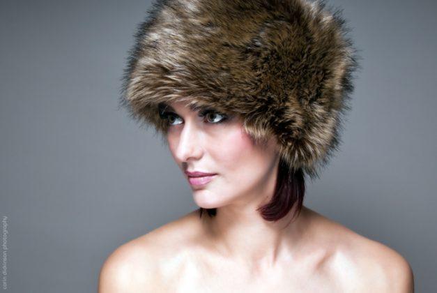 portrait_fur hat_fashion