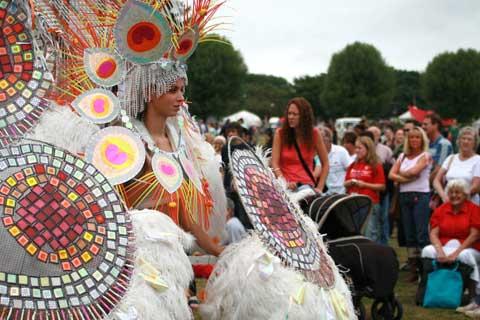 brouhaha-carnival-1