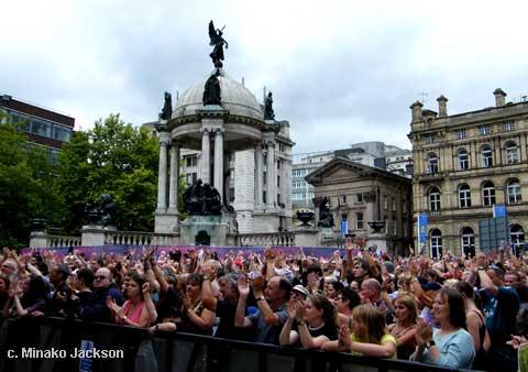 Appreciative crowd at Derby Sq Stage