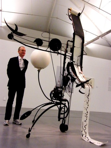 Michael Landy with Jean Tinguely's work at Tate Liverpool. Photo: Minako Jackson Jean Tinguely Méta-matic No.17, 1959 Painted iron wood, paper 330 x 172 x 193 cm Moderna Museet, Stockholm. Donation 1965 from the Friends of Moderna Museet