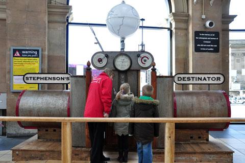 Stephenson's Destinator in Lime St station