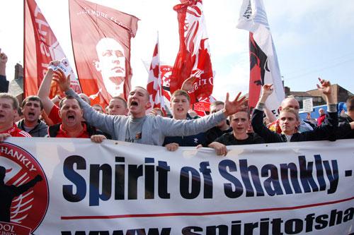 S.O.S bertindak sebagai medium kepada penyokong Liverpool FC until menyuarakan pendapat mereka kepada pihak urusan kelab.