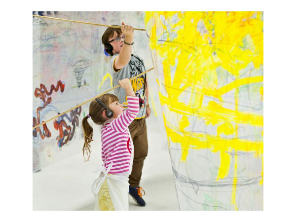 Action Stations: Paint Pops