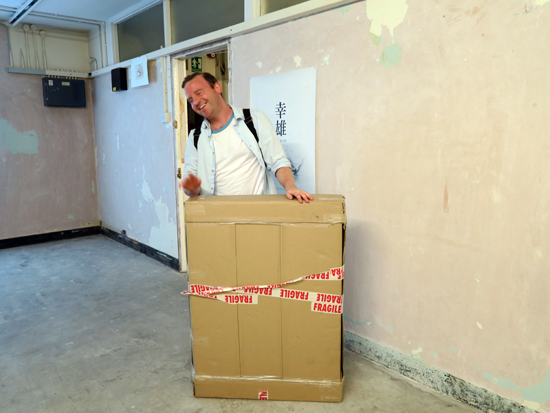 Rose Wylie's artworks finally arrive. Photo by artinliverpool