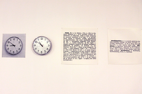 Joseph Kosuth. Clock (One and Five) 1965
