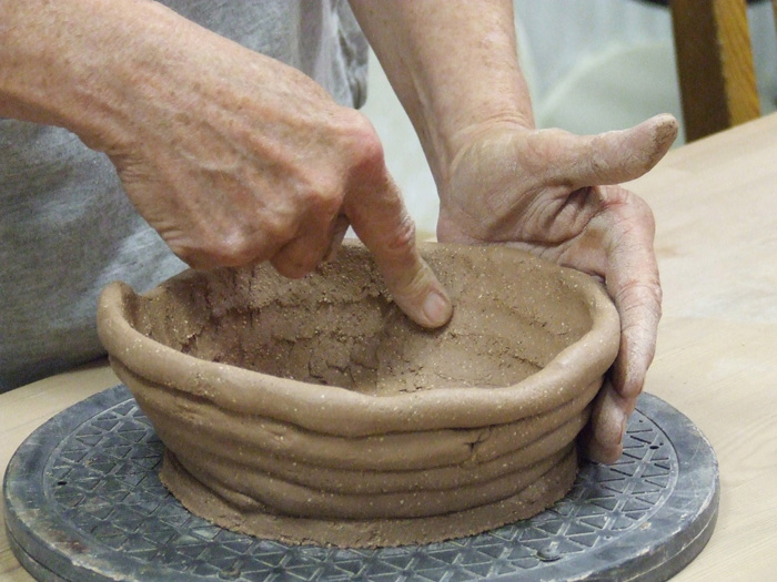 Pottery-workshop-blending-coils-RS