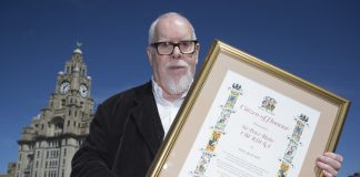 EDITORIAL USE ONLY Artist Sir Peter Blake receives the City of Liverpool Citizen of Honour award as the artist was in the city to celebrate a two-year extension of his Dazzle Ferry artwork, which was originally commissioned in 2015 by Liverpool Biennial, 14-18 NOW: WW1 Centenary Art Commissions and Tate Liverpool, and will now stay on the Mersey until 2019. PRESS ASSOCIATION Photo. Picture date: Sunday April 23, 2017.