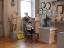 Walker Art Gallery: Portrait Drawing Workshop