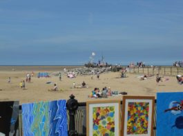 IB18: Hoylake Parade: Art on The Prom (Festival of Firsts)