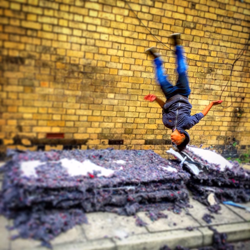 IB18: St John's Market: Ali Harwood: Kids That Fly
