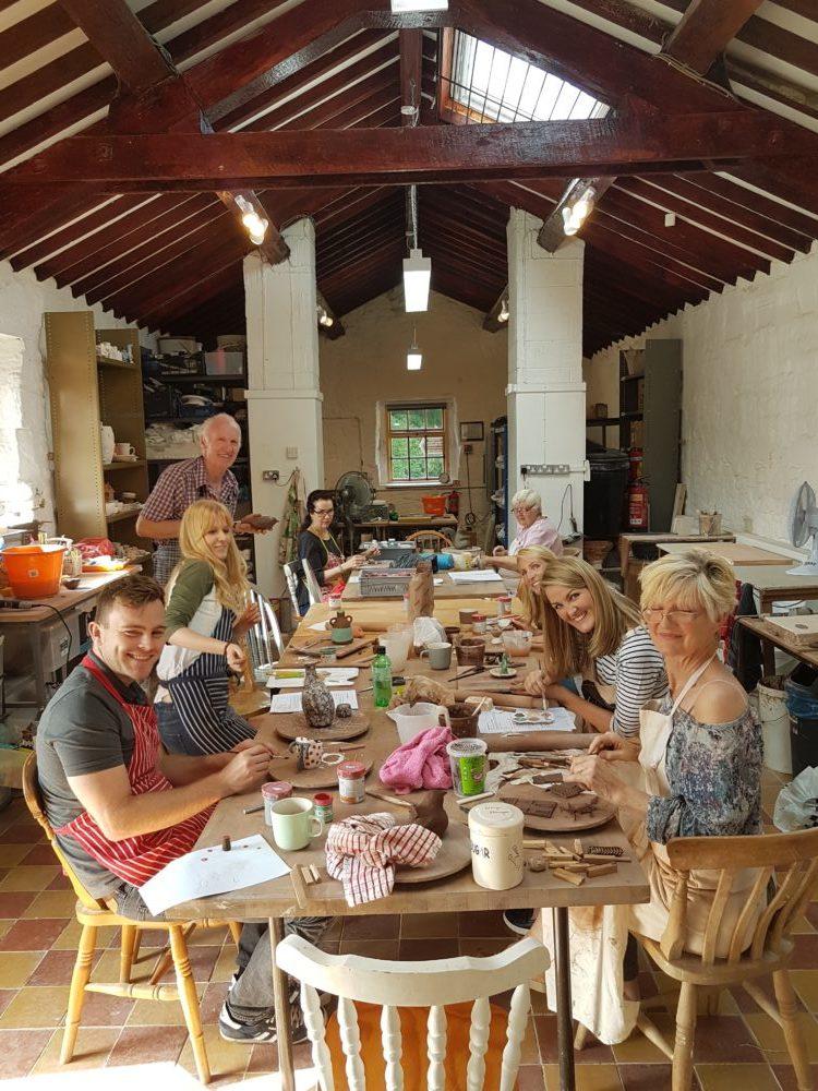 Mon Ceramics: Pottery Workshop