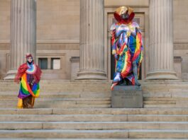 Liverpool City Centre: Statues Redressed
