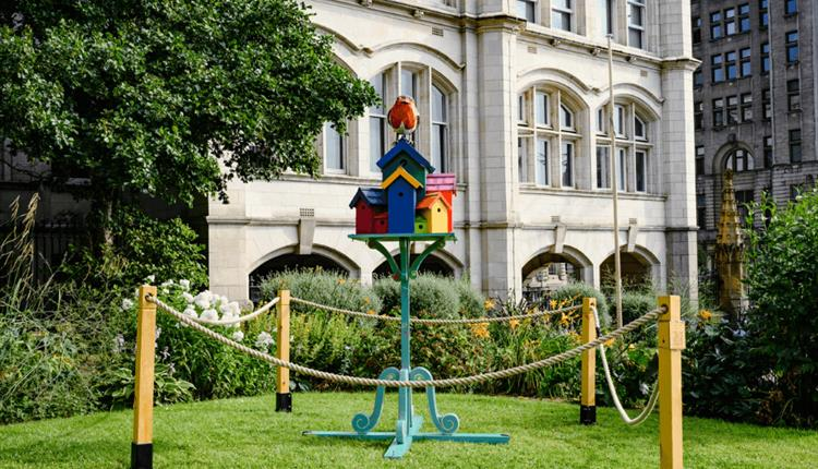 St Nicholas Church Gardens: Very Public Art: And These Birds Can Sing